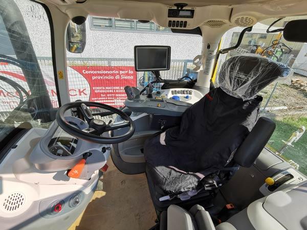X6.440-VT-Drive-interno.Moscadelli